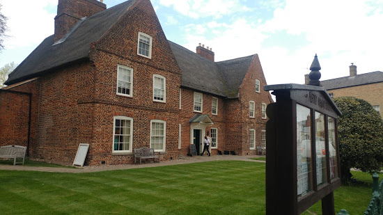 Alford Manor